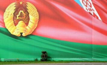 Беларусь приняла первых туристов без виз: за сутки прилетели 93 иностранца