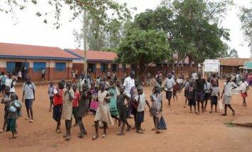 'Delfi' Ugandā: Bada un militāro konfliktu novājināto patvērums 1. daļa