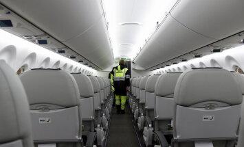 Pārpildīta reisa dēļ atsaka lidojumu: lasītājs izbrīnīts par 'airBaltic' rīcību