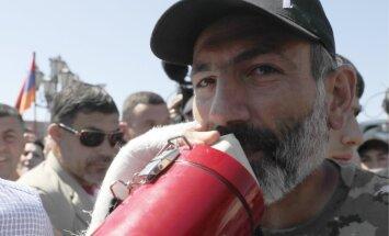 Лидер армянской оппозиции: Москва дала гарантию не вмешиваться в ситуацию