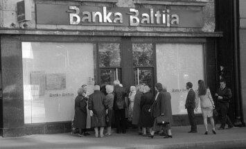 20 gadi kopš 'Bankas Baltija' kraha: Latvijas noguldītāju nauda pazūd ārvalstu kontos