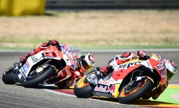 Markess pēc piektās 'MotoGP' uzvaras sezonā iegūst ievērojamu pārsvaru kopvērtējumā