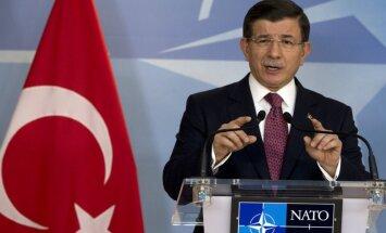 Turcija neatvainosies, aicina Krieviju atcelt sankcijas