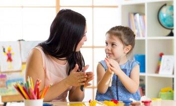 Bērns ir arī skolotājs: ko vecāki var mācīties no savām atvasēm