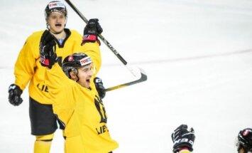 Lietuvas un Igaunijas hokejisti līderpozīcijās pēc trim spēlēm pasaules čempionātā