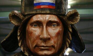 Vairāk biznesa brīvības, iedvesmošana un atbalsts - labākā atbilde sankcijām, pārliecināts Putins