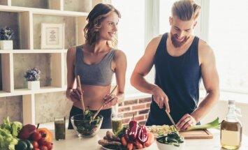 Начиная жить вместе, пары набирают вес
