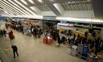 Seksa rotaļlietas dēļ evakuēta Tallinas lidosta