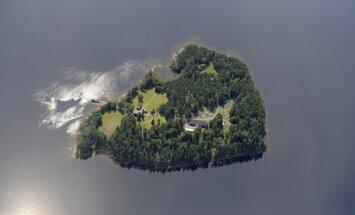 Salā, uz kuras 2011. gadā Breiviks sarīkoja slaktiņu, atkal organizē nometni