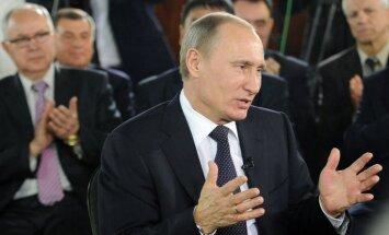 Krievijas premjers: varas partija maksā par saviem sasniegumiem