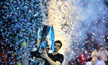Marejs uzvar Džokoviču un gadu noslēgs ATP ranga līdera godā
