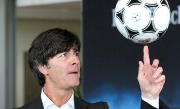 Lēvs arī turpmāk vadīs Vācijas futbola izlasi