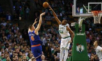 Porziņģis spēlē pret 'Celtics' ieguvis jaunas zināšanas