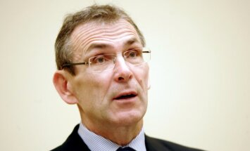 Piebalgs noraida pārmetumus, ka VID problēmās vainojami līdzšinējie 'Vienotības' ministri