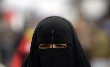 Родившаяся в России американская шахматистка отказалась надевать хиджаб на ЧМ в Тегеране