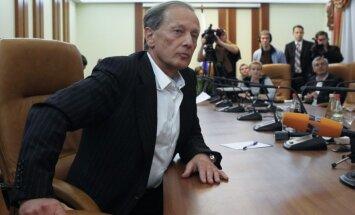 Iespējamā Latvijas uzturēšanās atļaujas atņemšana būtu tikai uzslava, apgalvo Zadornovs