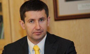 Домбровский: я не горю желанием сменить отличного министра экономики