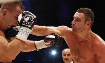 Kijevā izsolīts boksa treniņš ar Vitāliju Kļičko