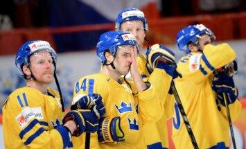 Zviedrijas hokeja izlase kļūst par šīs sezonas EHC uzvarētāju