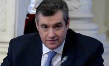 BBC žurnāliste apsūdz Krievijas domes deputātu par uzmākšanos; domes priekšsēdētājs iesaka viņai nomainīt darbu