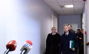 Sūdzas KNAB par Rīgas domes administratīvo resursu izmantošanu privātai Ušakova reklāmai