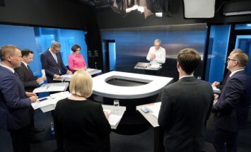'Par ko balsot?' Debates par ķīmiskajām govīm un reģionu peldbaseiniem meža vidū. Pilns ieraksts