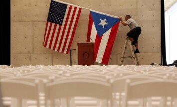 Sanders krīzes nomāktajai Puertoriko piedāvātu kļūt par neatkarīgu valsti