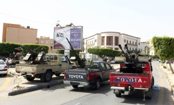 ASV evakuē vēstniecību Lībijā