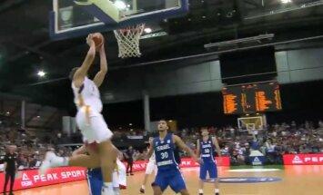Video: Ar 0,4 sekundēm pietiek – Vācijas basketbolisti skaisti izrauj pagarinājumu