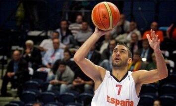 Navarro 'Regal' komandā spēlēs vismaz līdz 2015.gadam