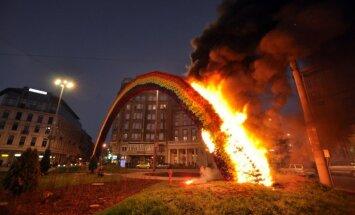 Polijā atkal aizdedzināta iecietības 'Varavīksne'