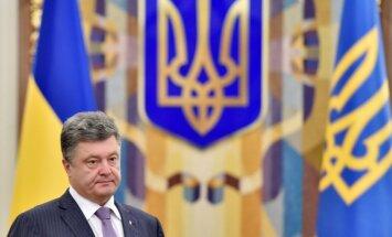 Porošenko sola līdz nedēļas beigām noslēgt robežu ar Krieviju
