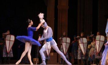 Foto: Pirmizrādi piedzīvos Latvijas Nacionālā baleta jauniestudējums – balets 'Raimonda'