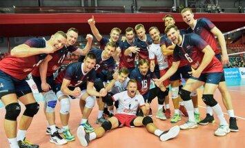 Latvijas volejbola izlase Eiropas līgas otrajā mačā Daugavpilī sagrauj Maķedoniju