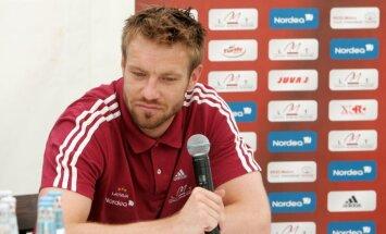 Cauņa un Gorkšs nepalīdzēs Latvijas futbola izlasei pārbaudes spēlē pret Melnkalni