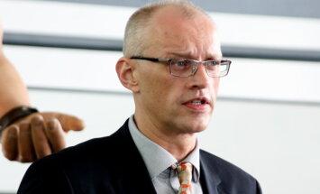 Policija izmeklē, kāpēc divus gadus no Trukšņa nav piedzīti 100 eiro, vēsta raidījums