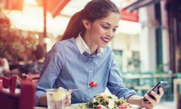Vasaras ēdiens – salāti. Vai veselīgi ēst katru dienu un kas jāņem vērā to cienītājiem