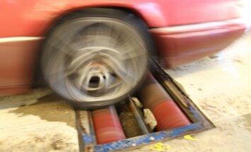 Tehniskajā apskatē pērn vidēji 13 auto dienā atteica bremzes