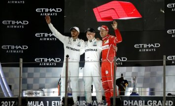 "Финн Валттери Боттас выиграл заключительную гонку ""Формулы-1"""
