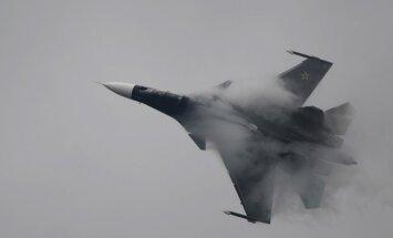 Krievijas lidmašīnas vairākas reizes ielidojušas Ukrainas gaisa telpā, paziņo Pentagons