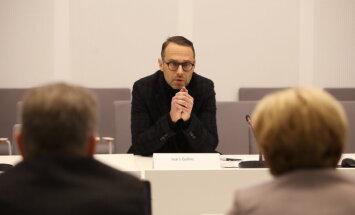 Šlesera konsultants Gulbis atteicies liecināt 'oligarhu lietā' kā 'politiskā procesā'