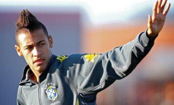 Madrides 'Real' noslēdz līgumu ar 19 gadus veco Neimaru