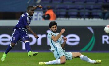 Anderlecht Frank Acheampong shoots goal to Zenit