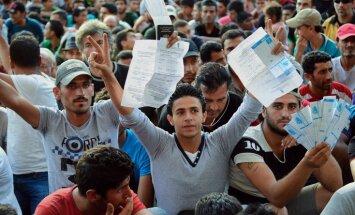 Foto: Nelegālo imigrantu un policijas sadursmes Budapeštā