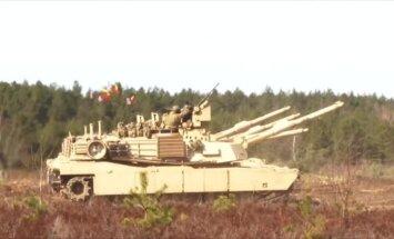 Video: Kā 'Abrams' tanki Lietuvā vingrinās kaujas šaušanā