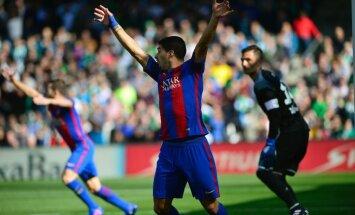 Barcelona Luis Suarez vs Betis