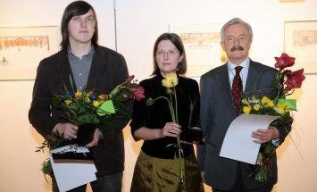 'Mākslas akadēmijas balvu' piešķir Lancmanim, Paeglei un Podniekam