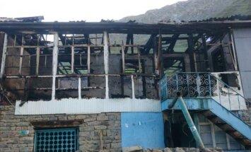 Čečenijā nodedzināta māja, kuras saimnieks sūdzējies Putinam par čečenu varasiestādēm