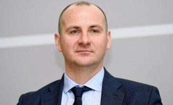 'SEB bankas' valdes loceklis: valsts atbalsta programma mājokļu iegādei obligāti jāturpina