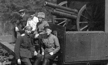Igaunijai 100: Saknes, bruņuvilcieni un demokrātiskā diktatūra